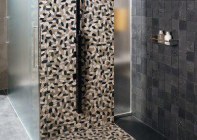 ducha pebbles vertical-2500x
